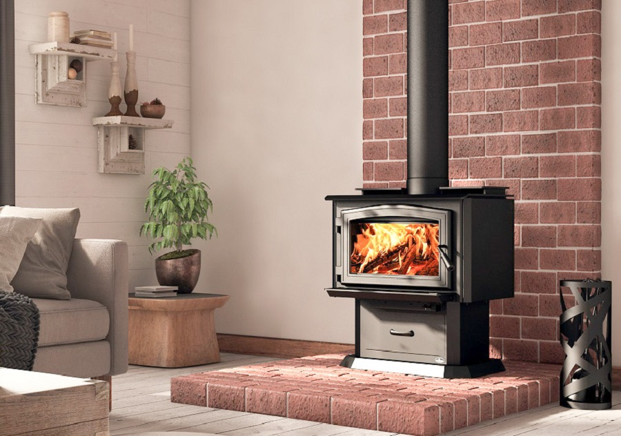 Osburn 1700, Black Door & Pedestal.